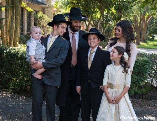 מענדל ומשפחתו