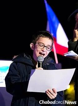 Children read the 12 pesukim (Torah passages) with vigor and joy. (Photo: Thierry Guez)