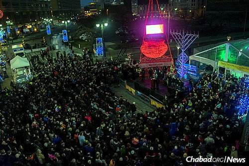 """More than 3,500 people gathered for the fifth annual """"Menorah in the D"""" celebration on the first night of Chanukah in downtown Detroit."""