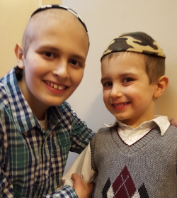 Shmulie with his brother, Mendel.