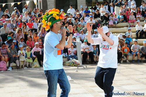 Lag BaOmer festivities in Be'er Sheva