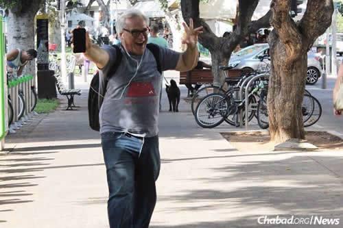 Alan Weinkrantz, a public-relations maven and consultant for tech start-ups, died last week when a car crashed into a Tel Aviv restaurant. (Photo: Nadav Reis)