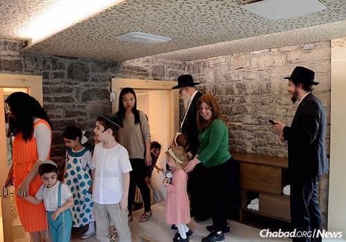 Devorah Leah Lewin, left, says now that the mikvah is built, she will teach about the Jewish traditions and rituals associated with family purity. (Photo: Louis Philippe Faucher)