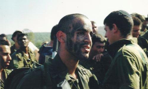 """""""לפני"""", במהלך השירות הצבאי"""