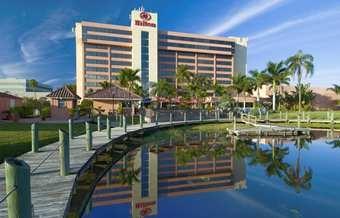 PBIAHHF_Hilton_Palm_Beach_Airport_home_right.jpg