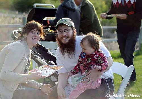 Rabbi Shmuly and Fraidy Hecht, co-directors of Chabad-Lubavitch Okanagan in Kelowna since 2010. They now have four children.