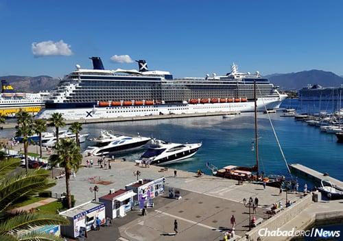 The port of Ajaccio (Photo: Wikimedia Commons)