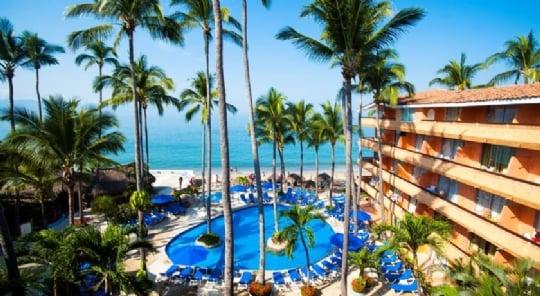 Hotel Palmas by the sea 10min.jpg
