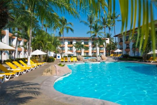 Plaza Pelicanos Club Resort 8 min.jpg