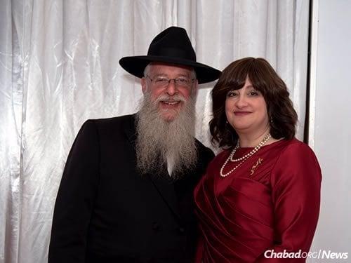 Rabbi Avrohom and Goldie Litvin, co-directors of Chabad of Kentucky (Photo: Elisheva Golani)