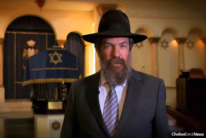Rabbi Dovid Yitzchok Hazdan, dean of the Torah Academy and rabbi of the Great Park Synagogue in Johannesburg, South Africa, will deliver the keynote address at the International Conference of Chabad-Lubavitch Emissaries (Kinus Hashluchim) Sunday gala banquet.