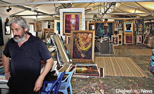 The artist in his studio a week before the fire
