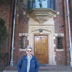 Alejandro durante su visita a la sede central de Jabad Lubavitch.